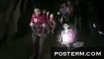 Medics reach boys trapped in Thai cave